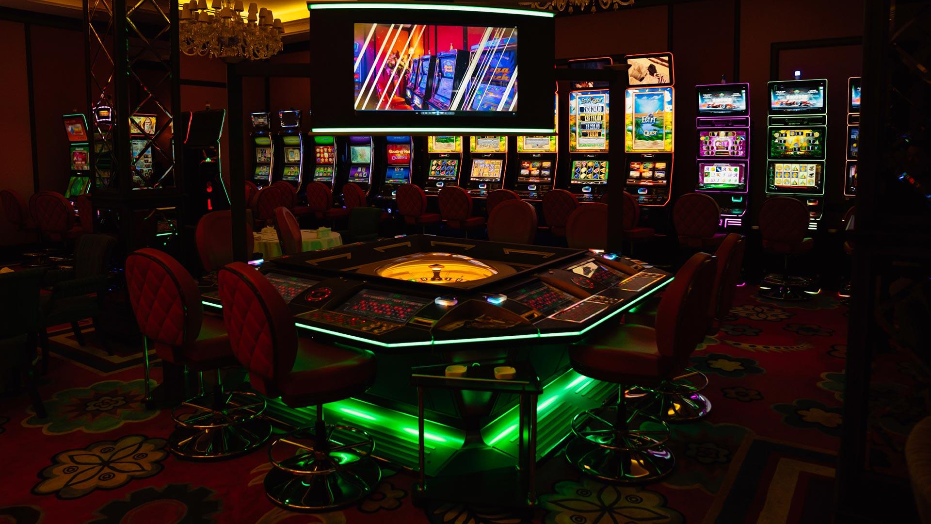 Особенности применения рабочего зеркала казино